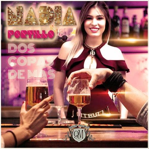Dos Copas de Mas von Nadia Portillo