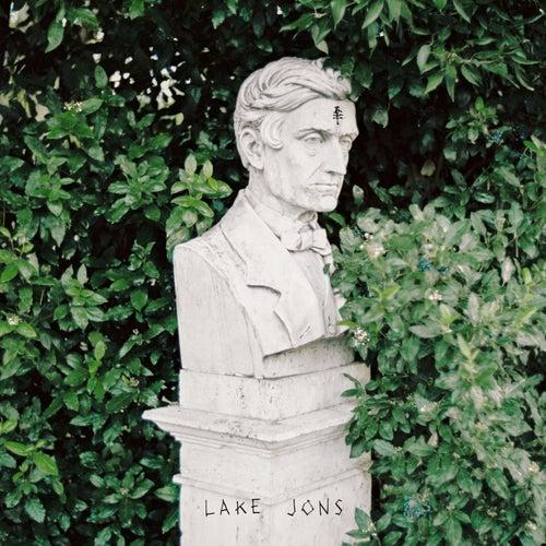 Tom by Lake Jons