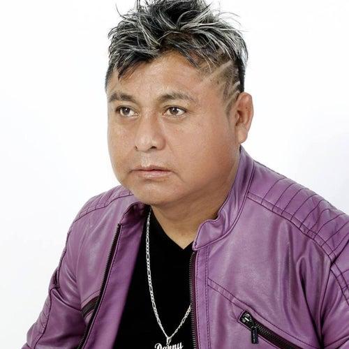 El Gigante del Escenario de Danny Mendoza