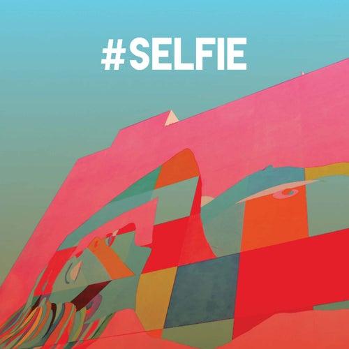 #Selfie by CDM Project