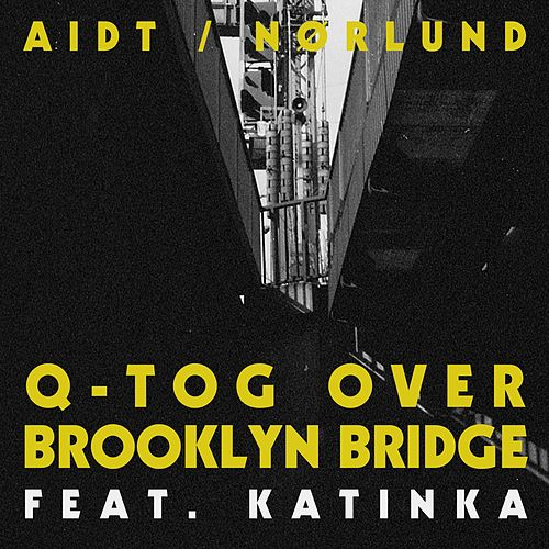 Q-Tog Over Brooklyn Bridge by Aidt/Nørlund
