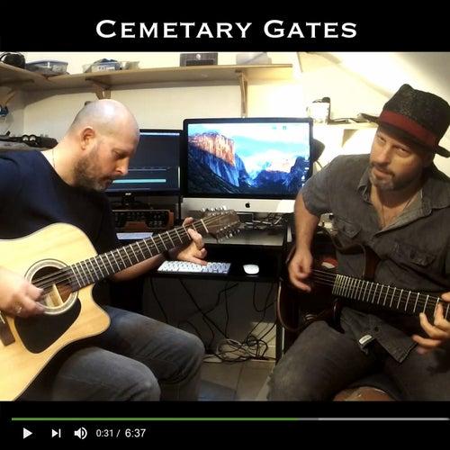 Cemetary Gates de Christophe Deremy