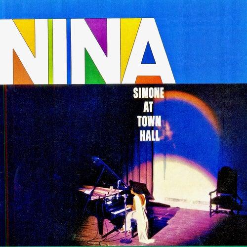 Nina Simone At Town Hall (Remastered) de Nina Simone