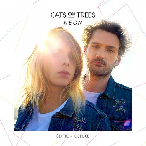 Hallo MRS. Jones de Cats on Trees