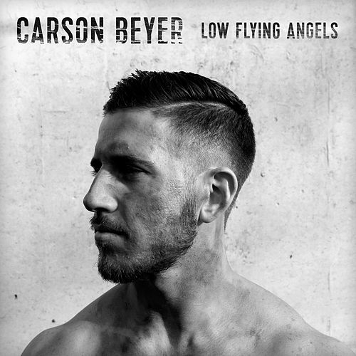 Low Flying Angel di Carson Beyer