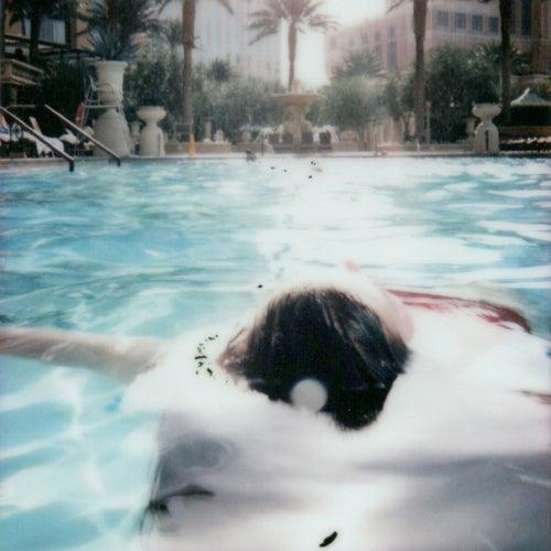 Bathtub von Loveday