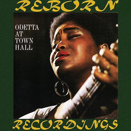 At Town Hall (HD Remastered) de Odetta