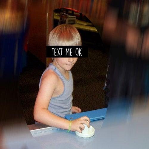 Text me, ok? by Toneizo