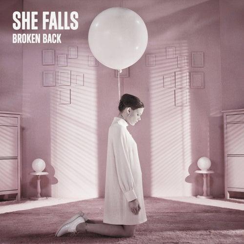 She Falls de Broken Back