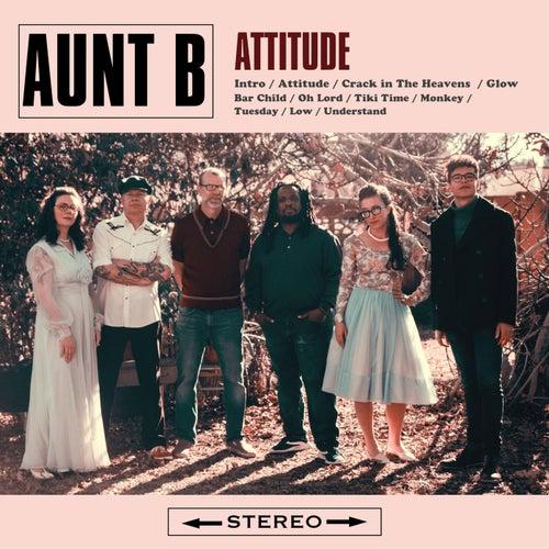 Attitude de Aunt B