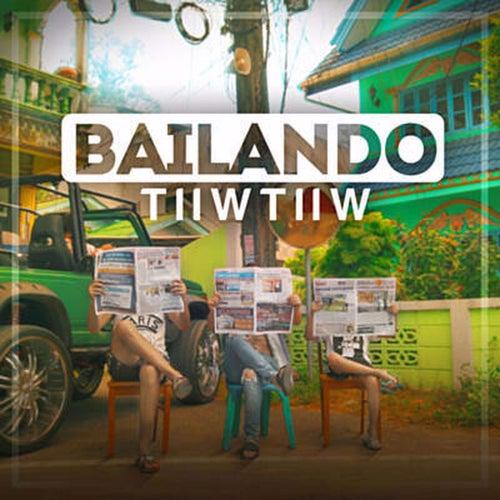 Bailando de Tiiw Tiiw