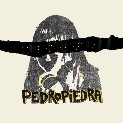 Amar en Silencio de Pedropiedra