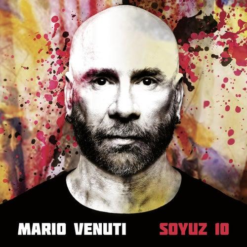Soyuz 10 by Mario Venuti