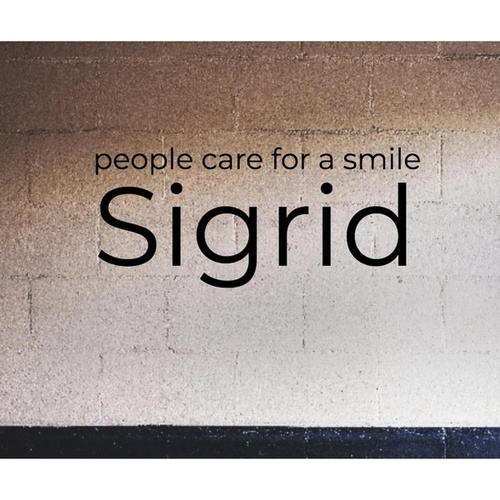 People Care for a Smile by Sigrid