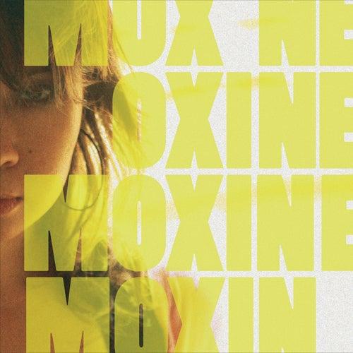 Electric Kiss by Moxine