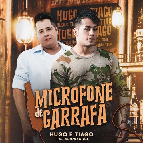 Microfone de Garrafa de Hugo & Tiago