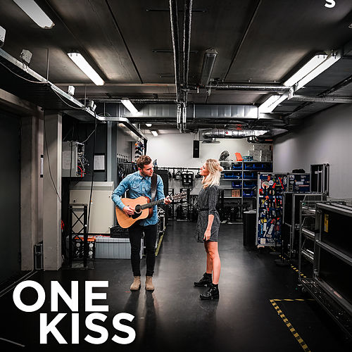 One Kiss van Suzan