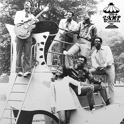 LAMP Records - It Glowed Like The Sun: The Vanguards de Various Artists