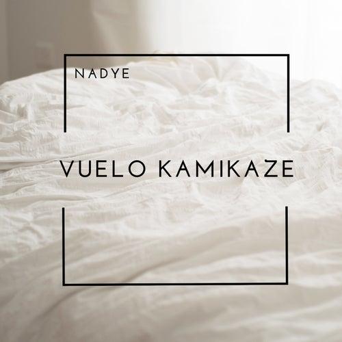 Vuelo kamikaze (Acústico) by Nadye