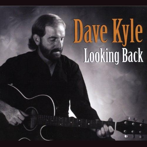 Looking Back de Dave Kyle