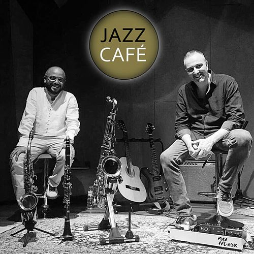 Jazz Café by Aquiles Faneco