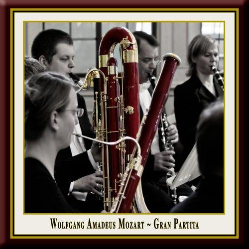 Mozart: Gran Partita - Serenade No. 10 for Winds in B flat major, KV 361 by Wolfgang Amadeus Mozart
