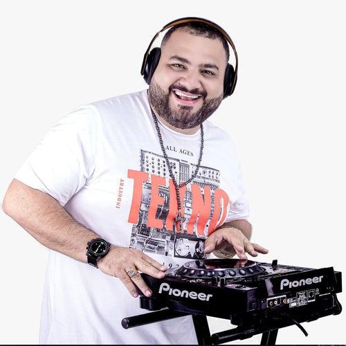 Ele É Demais (Remix) by Dj Evandro Jr e Xiado da Xinela
