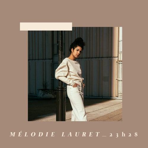 23h28 von Mélodie Lauret