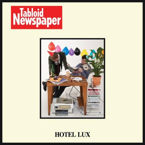 Tabloid Newspaper von Hotel Lux
