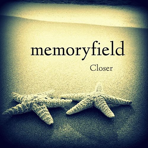 Closer (feat. Robyn Cage) von Memoryfield