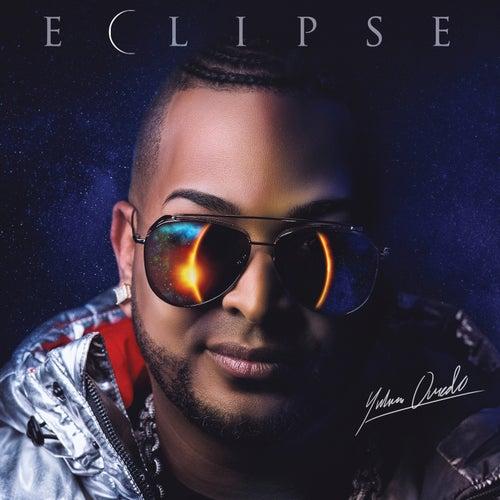 Eclipse by Yulien Oviedo