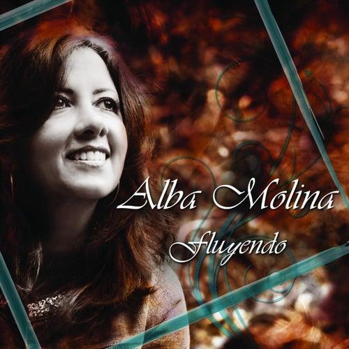 Fluyendo de Alba Molina