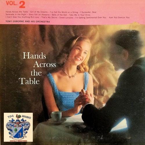 Hands Across the Table de Tony Osborne