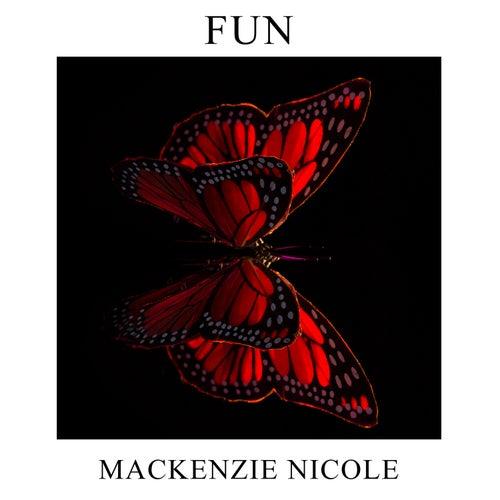 Fun de Mackenzie Nicole