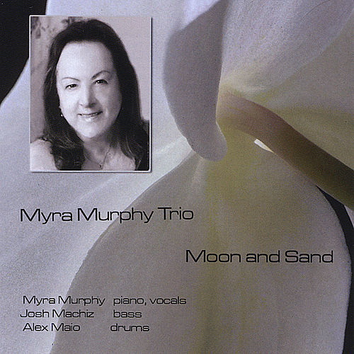 Moon and Sand von Myra Murphy