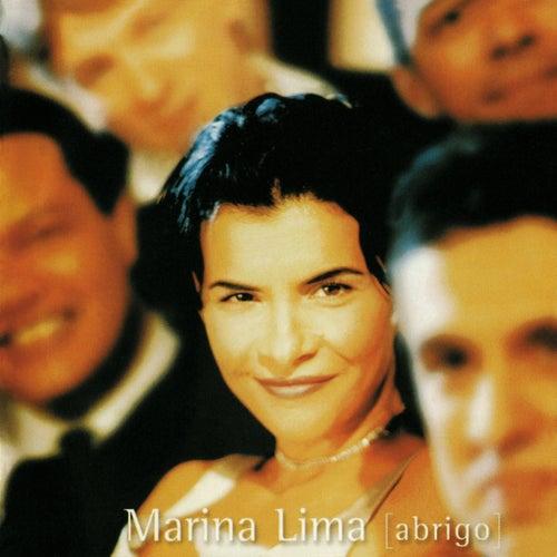 Abrigo de Marina Lima