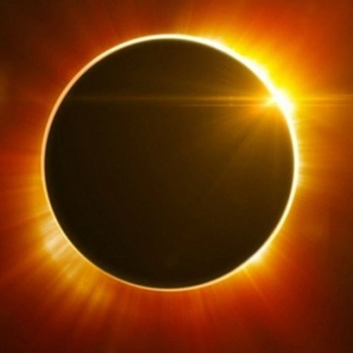 Eclipse von Ryan Remias
