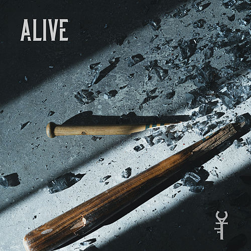 Alive de Throne For A Coward