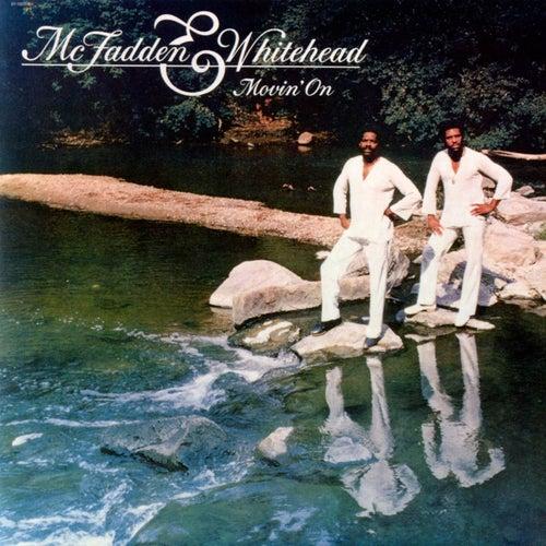 Movin' On de McFadden & Whitehead