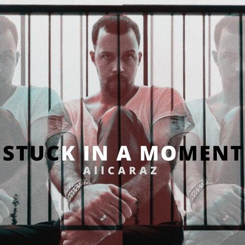 Stuck in a Moment You Can´t Get out Of van Rodrigo Alcaraz