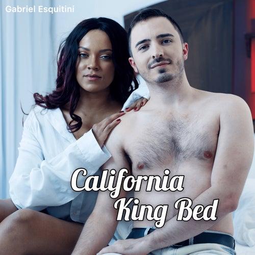 California King Bed (Cover) de Gabriel Esquitini
