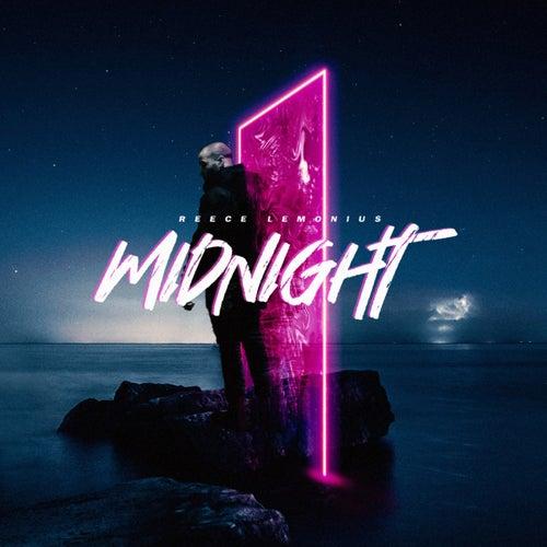 Midnight von Reece Lemonius