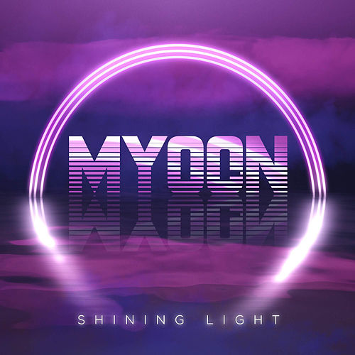 Shining Light de Myoon