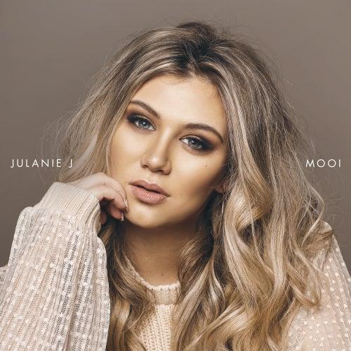 Mooi by Julanie J