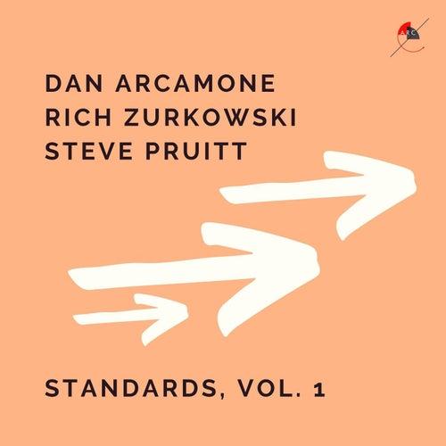 Standards, Vol. 1 fra Dan Arcamone