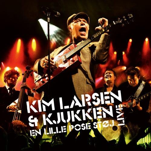 En Lille Pose Støj (Live) [Deluxe] fra Kim Larsen