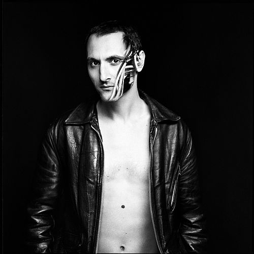 Production (Deluxe Version) de Mirwais