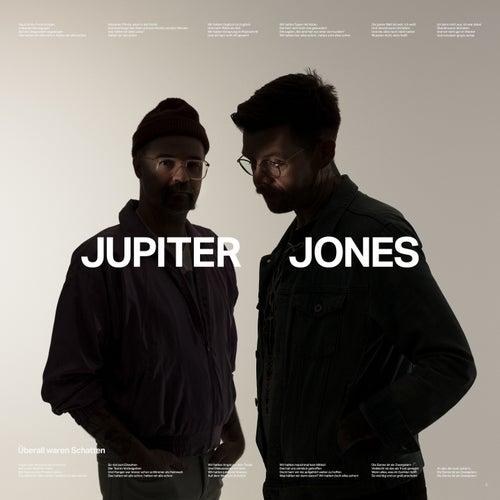 Überall waren Schatten von Jupiter Jones