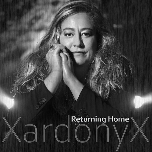 Returning Home von XardonyX