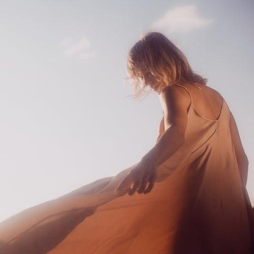 Evergreen (Radio Edit) de Alexia Bomtempo